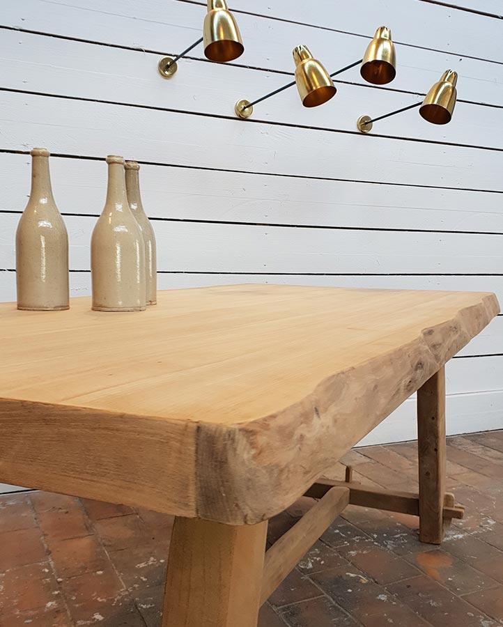 XXeme-siecle-table-bois